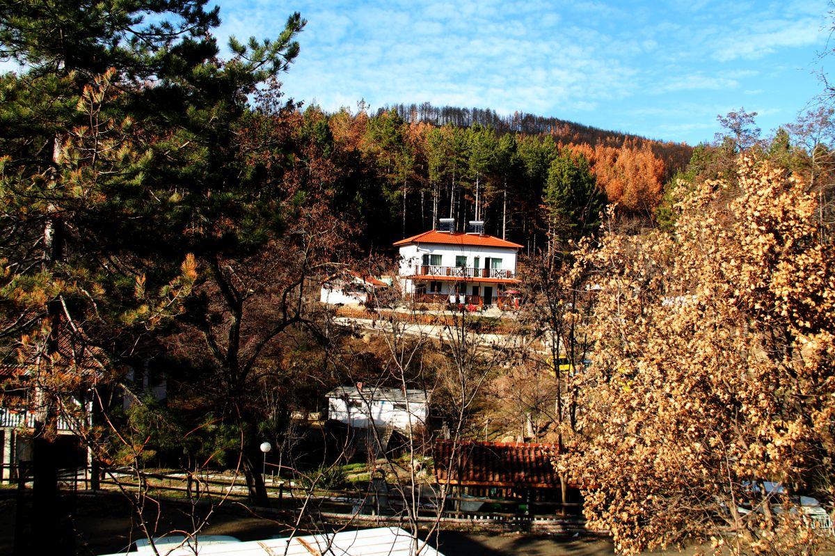 Къща за гости КАЗАБЛАНКА СТАРА-КРЕСНА и ОЩАВА2